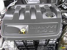 automotive repair manual 2007 chrysler sebring engine control 2007 chrysler sebring limited sedan 2 4l dohc 16v dual vvt 4 cylinder engine photo 56202200