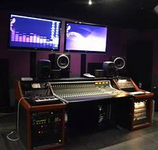 College Recording Studio Vocational School