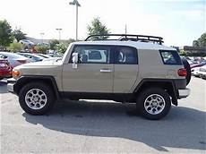 find used toyota fj cruiser rwd 4dr automatic low