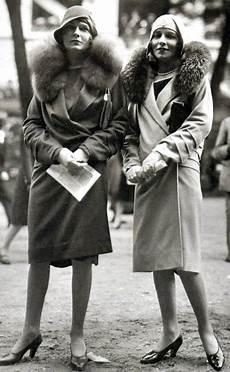 Mode Des Annees 20 In 2019 Decade Vintage Fashion