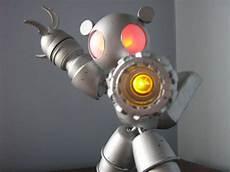 como hacer un robot de con materiales reciclables construcci 243 n de un robot con botellas de