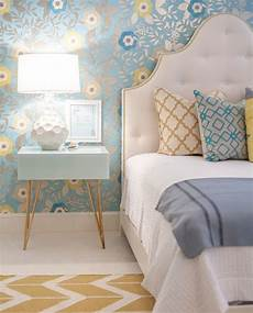 Yellow Grey And Blue Bedroom Ideas by Best 25 Blue Yellow Bedrooms Ideas On Blue