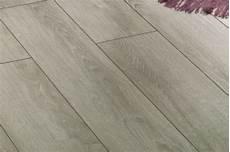 pavimenti a listoni casa moderna roma italy laminato per cucine