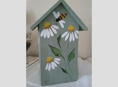 Back view of birdhouse #birdhousedesigns   Feeling Crafty