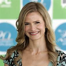 kyra sedgwick who s kyra sedgwick wiki husband net worth daughter