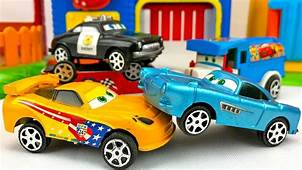 Carros Para Ni&241os  Autos De Carrera Disney Cars Videos