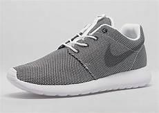 nike roshe run black mesh white sneakernews