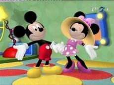 nehty s mickey mousem clubul lui mickey mouse surpriza de primavara a lui
