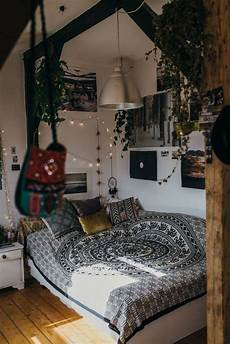 Aesthetic Bedroom Decor Ideas by How To Make Your Bedroom Cozy Easy Ideas Bedroom Ideas