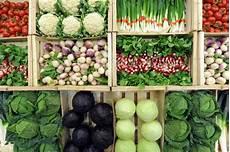 alimentazione x colesterolo alto colesterolo alto ecco come abbassarlo con l alimentazione