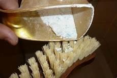 schimmel entfernen dusche pin johann penz auf bautenschutzstoffe schimmel in der dusche hausversch 246 nerung und