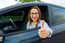 negocier prix voiture occasion concessionnaire le monde