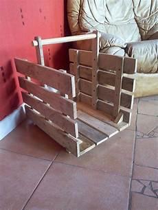 panier a buches en bois de palette recycl 233 meubles et
