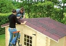 revetement toiture abris de jardin avec quoi couvrir un abri de jardin cabanes abri jardin