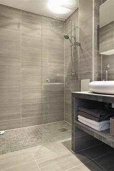 Kleines Badezimmer Fliesen - fliesen f 252 r kleines bad gro 223 klein mittelgro 223 welche