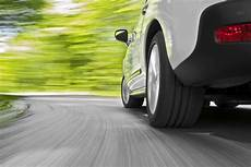 apprendre à conduire une voiture apprendre 224 conduire avec une voiture essence ou diesel permis auto ecole