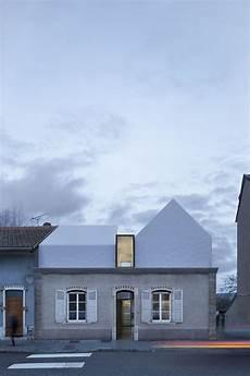 Modernes Haus Renovierung Architektur Kontrast