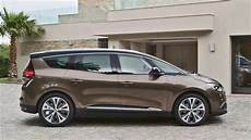 Look 2016 Renault Grand Scenic