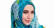 Zoya Jilbab Segi Empat Casual