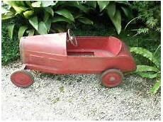 voiture a pedale ancienne ancienne voiture a pedale jouet enfant tole 1900 deco jouets anciens jouets