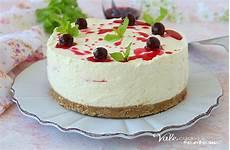 cheesecake crema pasticcera cheesecake con crema e amarene dolce freddo con crema pasticcera
