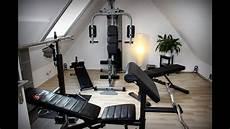 Fitnessraum Zuhause Einrichten - fitnessraum zuhause badezimmer schlafzimmer sessel