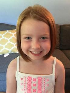 5 year old girl chops her hair off and her grandma freaked olesia clark 5 chops off her ponytail to raise money for kids with cancer daily mail online