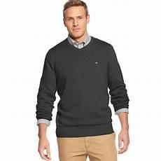 lyst hilfiger v neck taft sweater in gray for