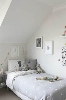 schöne farben fürs schlafzimmer 52 tolle vorschl 228 ge f 252 r schlafzimmer in grau