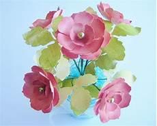 Petit Bouquet De Fleurs En Papier Scraparvati