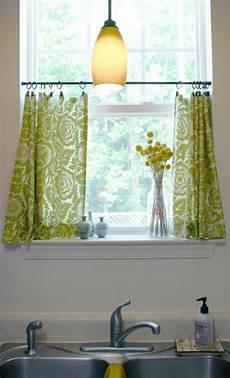 Moderne Gardinen Für Kleine Fenster - gardinen f 252 r kleine fenster 23 neue vorschl 228 ge