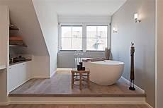 Badewanne Im Wohnzimmer - putz dusche umbau haus ideen