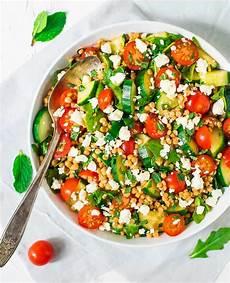 Rezept Couscous Salat - israeli pearl couscous salad with feta and mint well