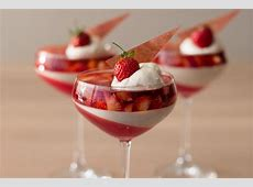 strawberry rhubarb parfait_image