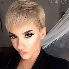 coupe de cheveux tres courte femme 2018