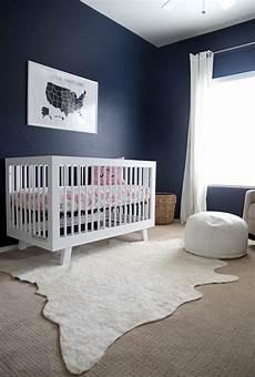 Kinderzimmer Streichen Blau - house tour tally s navy nursery everyday reading