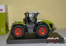 1029 claas 1 32 xerion 4000 trac vc weise toys
