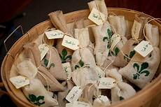 wedding favor ideas new orleans new orleans themed wedding favors the budget savvy bride
