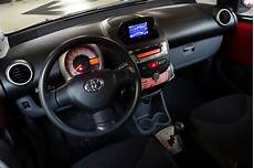 toyota aygo boite automatique autocoach d 233 p 244 t vente automobile toyota aygo 1 0 vvt i connect multimode 2012