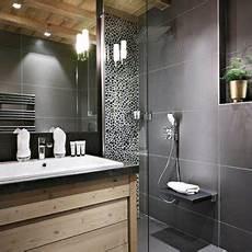 salle de bain avec carrelage et peinture photos et id 233 es