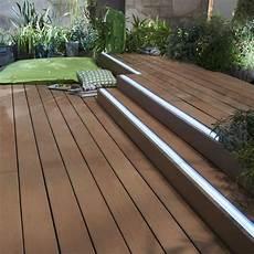 eclairage led exterieur terrasse eclairage ext 233 rieur lumi 232 res pour mettre en valeur la