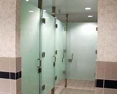 Bad Trennwand Glas - crl frameless quot all glass quot restroom partition system