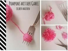 Die Besten 25 Bommel Machen Ideen Auf Pompom