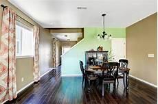 colore sala da pranzo sala da pranzo con le pareti di colore beige e verde