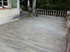 carrelage de terrasse imitation bois quel type de pose pour mes lames de terrasse composites