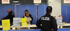ufficio polizia postale bologna frode ai correntisti di poste italiane 7 arresti