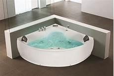 whirlpool badewanne monaco eckbadewanne mit 12