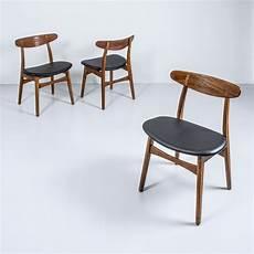 stühle neu beziehen kunstleder ch30p st 252 hle mit schwarzem kunstleder hans wegner f 252 r