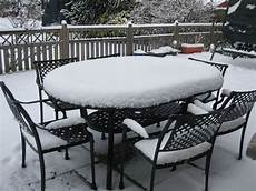 Table De Jardin Qui Reste Dehors