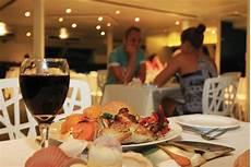 fiji sunset dinner cruise captain cook cruises fiji